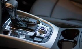 汽车配件模具 模具加工 模具公司 塑料模具 注塑加工