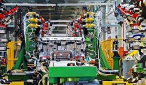 借新能源车市翻红的不止海联金汇 零部件业迎来转型期